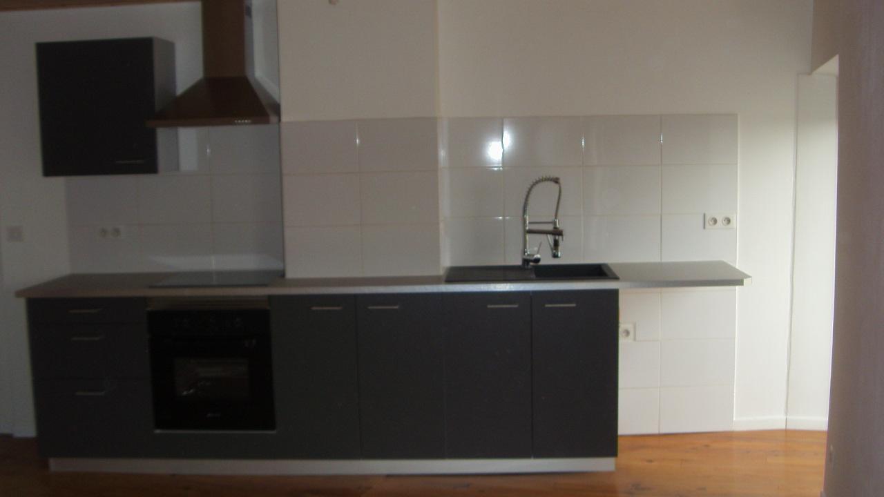 pose et fourniture de meuble de cuisine et electroménager dans studio